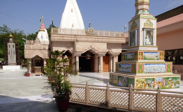 Świątynia Dźinizmu, Chandigar.