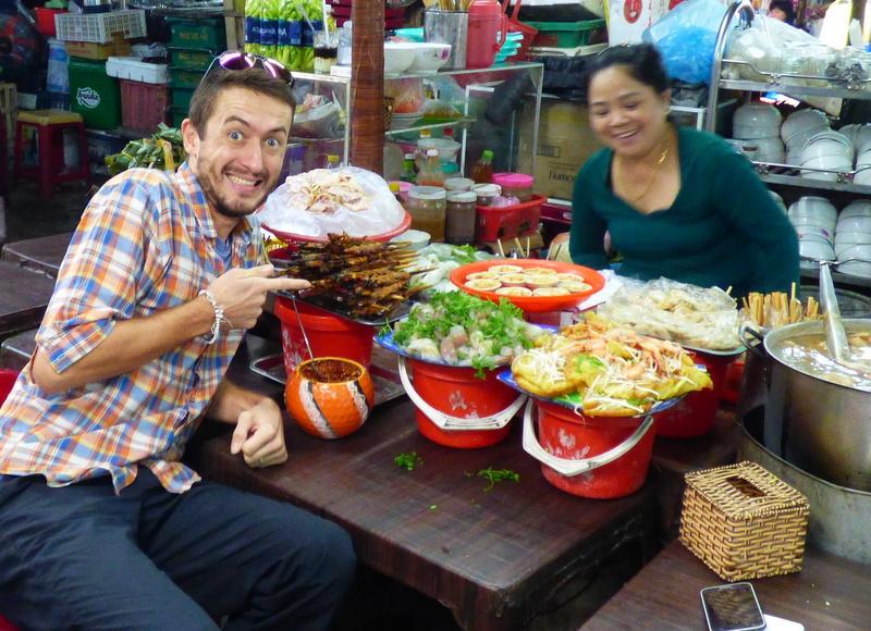 Wyborne śniadanie na targu w Hue
